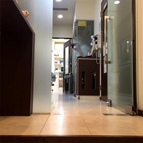 治療室入口